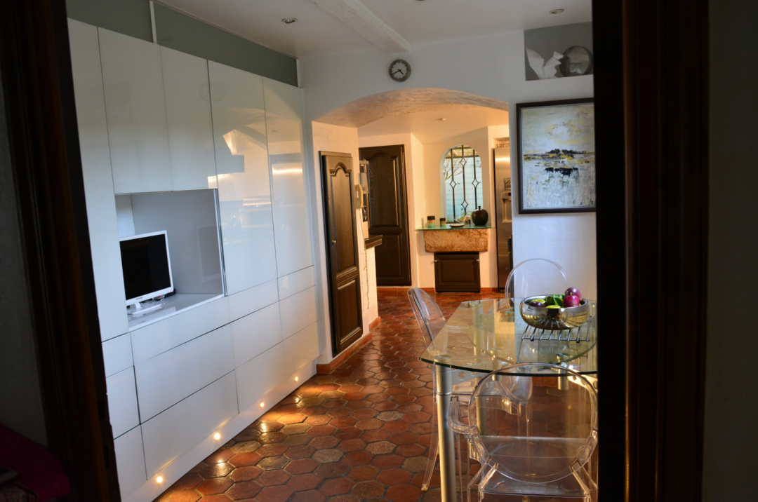 comment j 39 ai relook ma cuisine make my cinema. Black Bedroom Furniture Sets. Home Design Ideas