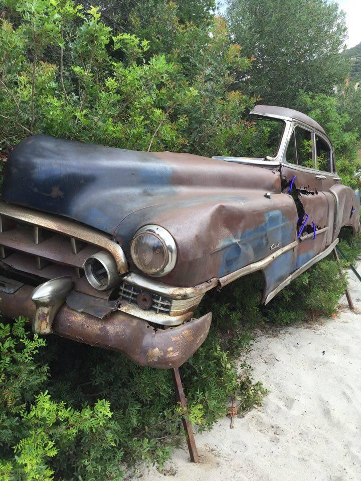La Cadillac abandonnée dans le maquis au nom de l'art